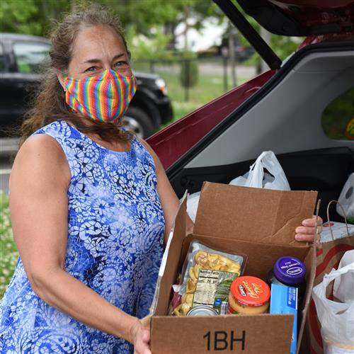 Social Workers Host Food Drive